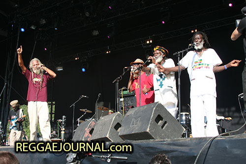 Cedric Myton and Watty Burnett and Kenroy Fyffe and Congo Ashanti Roy, the Congos 2006-07-15 Dour Festival, Dour, Belgium