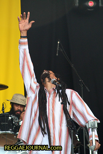 Cecil Spence, Skelly, vocals, Israel Vibration 2006-08-13 Reggae Sundance, Genneper Parken, Eindhoven, Holland
