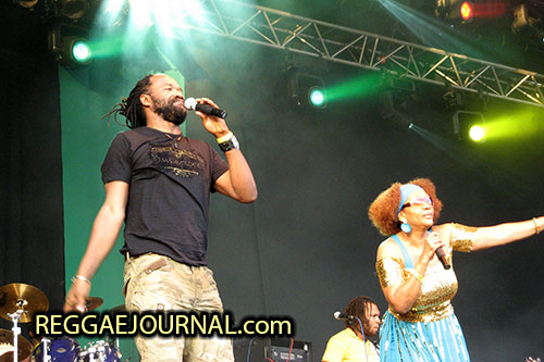 Tony Rebel and Marcia Griffith 2007-08-11 Reggae Sundance, E3 strand, Eersel, Holland